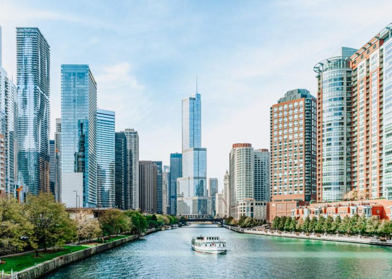 Chicago River som rinner rakt igenom Chicago.